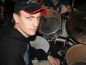 DANIEL SVENSSON Drummer