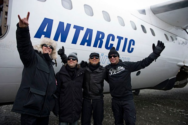 METALLICA - FREEZE 'EM ALL (ANTARCTICA 2013) 4